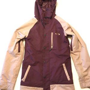 Oakley snowboarding jacket